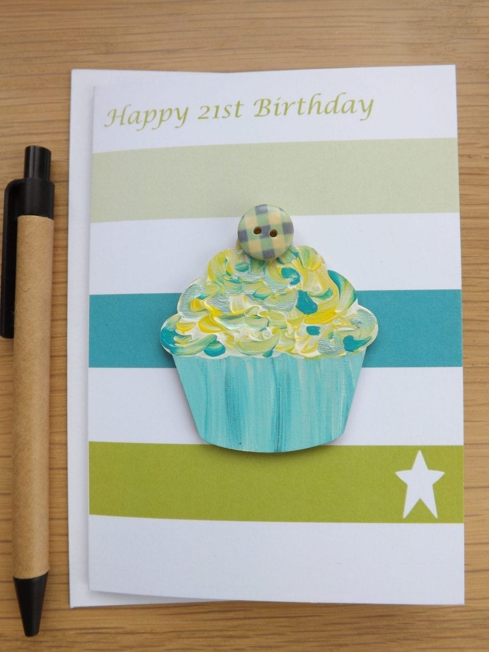 Happy 21st Birthday - card with Cupcake gift magnet